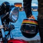 Best Motorcycle Helmet Under 200 & Buyer Guide 2020 [TESTED]